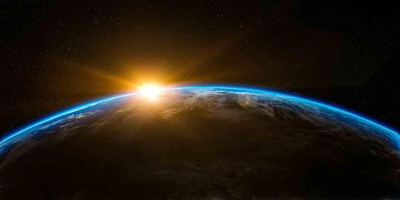"""Fim do mundo: astrônomos dizem que o Sol transformará a Terra em uma """"rocha sem vida"""". Foto: pixabay"""