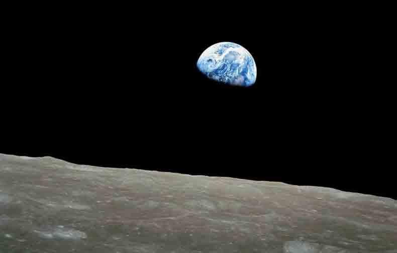 """Quem tirou a foto do """"nascer da Terra"""" visto da Lua? Foto: reprodução"""